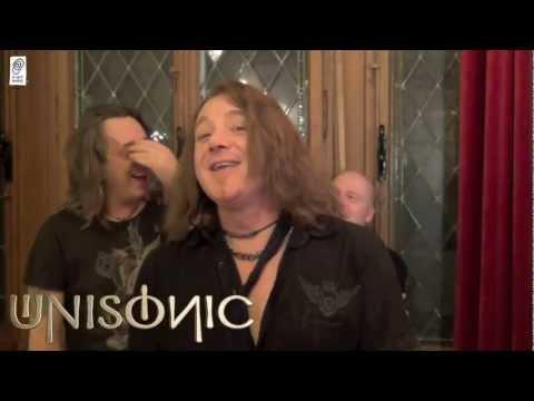 UNISONIC Backstage: A Committed Band At Work.