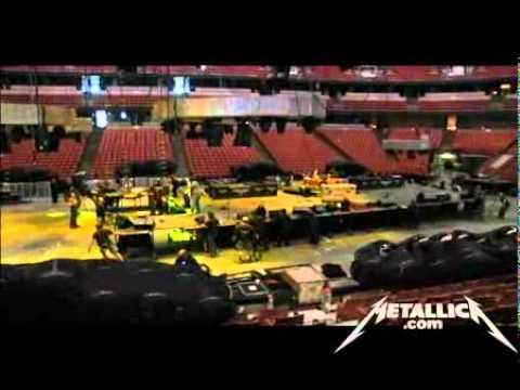 Metallica: Behind The World Magnetic Ball Drop (MetOnTour - Anaheim, CA - 2009)