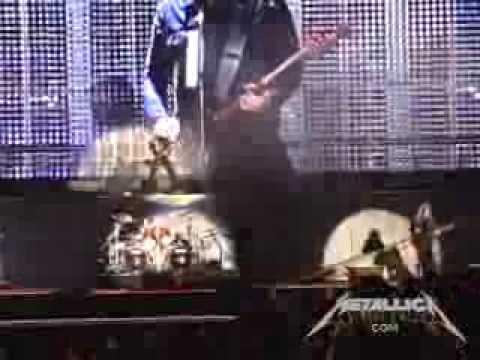 Metallica: Bleeding Me (MetOnTour - Lisbon, Portugal - 2008)
