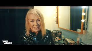 "Kim Wilde ""Here Come The Aliens"" Track-by-Track Interview: ""CYBER.NATION.WAR"""