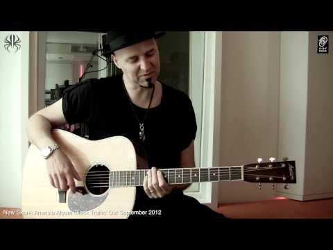 Playing Guitar With Ace From Skunk Anansie - Lesson 1