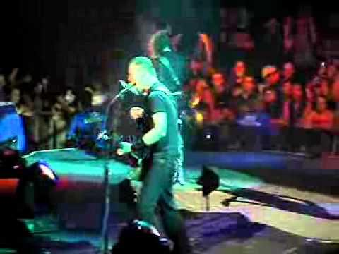Metallica: No Leaf Clover (MetOnTour - Indianapolis, IN - 2004)