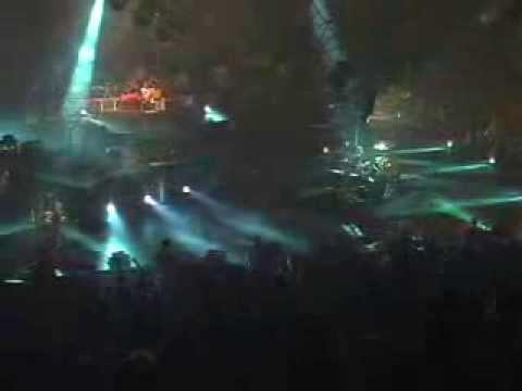 Metallica: Enter Sandman (MetOnTour - Detroit, MI - 2004)