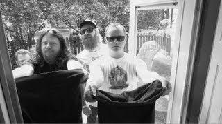 RED FANG Go Trick-or-Treating