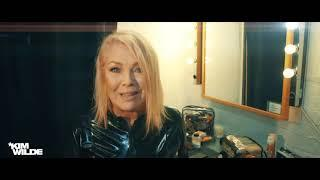 "Kim Wilde ""Here Come The Aliens"" Track-by-Track Interview: ""Addicted To You"""